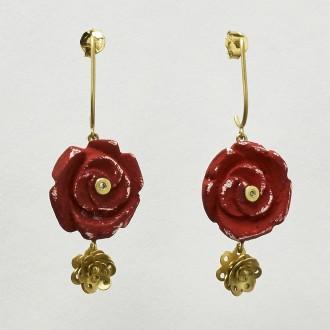Brinco Rosa Vermelha e Rosa de Ouro