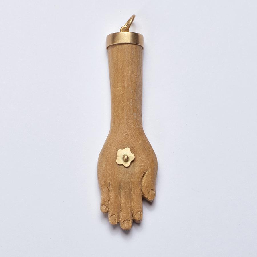 Pingente Mão G